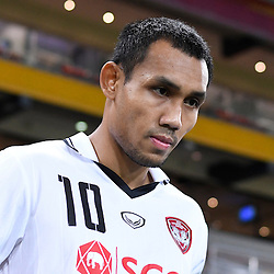 BRISBANE, AUSTRALIA - FEBRUARY 21: Teerasil Dangda of Muangthong United walks out during the Asian Champions League Group Stage match between the Brisbane Roar and Muangthong United FC at Suncorp Stadium on February 21, 2017 in Brisbane, Australia. (Photo by Patrick Kearney/Brisbane Roar)