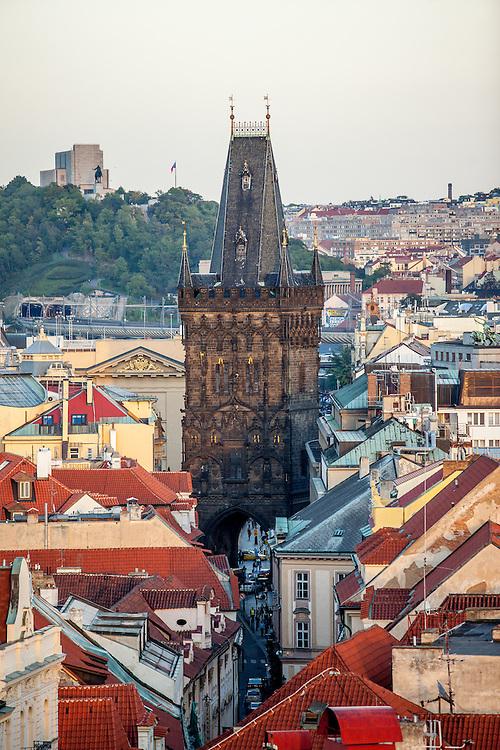 Der Pulverturm gesehen vom Altstädter Rathaus aus.