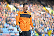 Leeds United Goalkeeper Marco Silvestri during the Sky Bet Championship match between Sheffield Wednesday and Leeds United at Hillsborough, Sheffield, England on 16 January 2016. Photo by Adam Rivers.