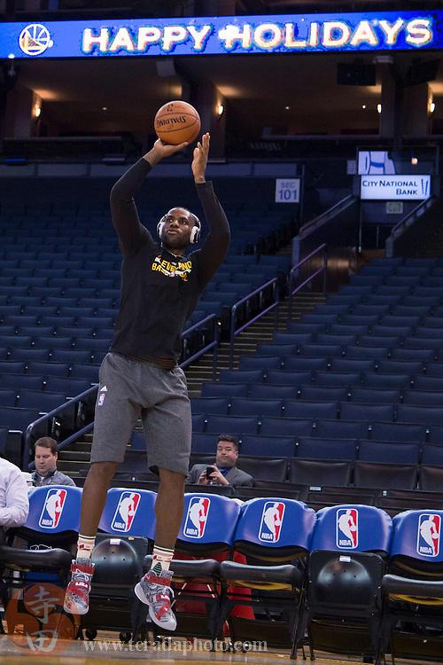 December 25, 2015; Oakland, CA, USA; Cleveland Cavaliers forward LeBron James (23) warms up before a NBA basketball game on Christmas against the Golden State Warriors at Oracle Arena.