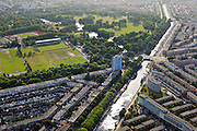 Nederland, Zuid-Holland, Den Haag, 23-05-2011;.Troelstrakade/Moerweg in Den Haag met sportvelden van het Zuiderpark links boven.  View on the Hague, residential area an The Hague South-West, Zuiderpark and playing fields. luchtfoto (toeslag), aerial photo (additional fee required).copyright foto/photo Siebe Swart