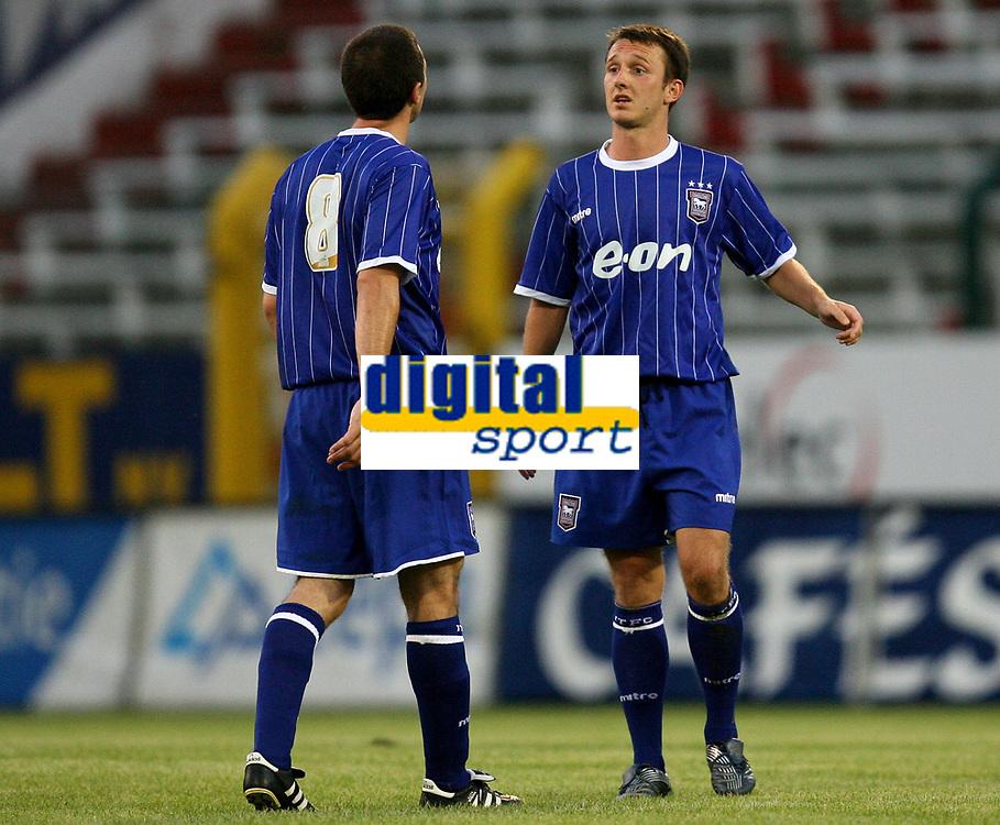 Photo: Maarten Straetemans.<br /> Royal Antwerp v Ipswich Town. Pre Season Friendly. 31/07/2007.<br /> Tommy Miller (8) with Gavin Williams (Ipswich)