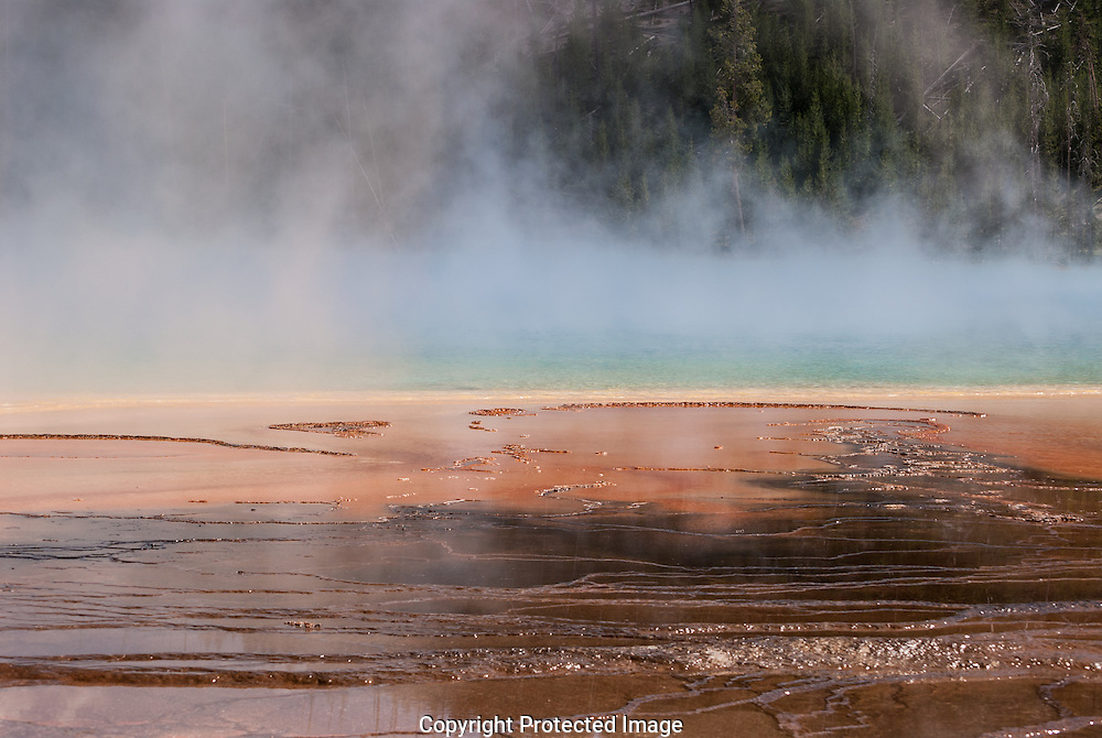 Midway Geyser, Yellowstone National Park.