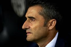 October 8, 2018 - Valencia, Valencia, Spain - Ernestro Valverde during the week 8 of La Liga match between Valencia CF and FC Barcelona at Mestalla Stadium in Valencia, Spain on October 7, 2018. (Credit Image: © Jose Breton/NurPhoto/ZUMA Press)