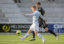 Jeppe Kjær (FC Helsingør) presses af Mads Eriksen (Kolding IF) under kampen i 1. Division mellem FC Helsingør og Kolding IF den 24. oktober 2020 på Helsingør Stadion (Foto: Claus Birch).