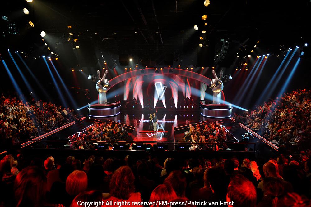 Eerste Live Show van de Voice of Holland in Studio 22 in Hilversum.<br /> <br /> Op de foto:  Voice of Holland decor