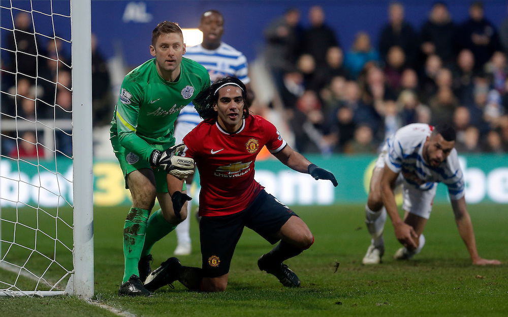 Manchester United's Radamel Falcao near miss whilst Queens Park Rangers' Robert Green looks on <br /> Photographer Kieran Galvin/CameraSport<br /> <br /> Football - Barclays Premiership - Queens Park Rangers v Manchester United - Saturday 17th January 2015 - Loftus Road - London<br /> <br /> © CameraSport - 43 Linden Ave. Countesthorpe. Leicester. England. LE8 5PG - Tel: +44 (0) 116 277 4147 - admin@camerasport.com - www.camerasport.com