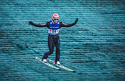 29.09.2018, Energie AG Skisprung Arena, Hinzenbach, AUT, FIS Ski Sprung, Sommer Grand Prix, Hinzenbach, im Bild Markus Eisenbichler (GER) // Markus Eisenbichler of Germany during FIS Ski Jumping Summer Grand Prix at the Energie AG Skisprung Arena, Hinzenbach, Austria on 2018/09/29. EXPA Pictures © 2018, PhotoCredit: EXPA/ Stefanie Oberhauser