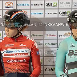 28-12-2018: Wielrennen: NK Baan: Apeldoorn<br />De vrouwen die de medailles moesten verdelen. vlnr Steffie van der Peel, Hetty van der Wouw, Laurine van Riessen, Kyra Lamberink