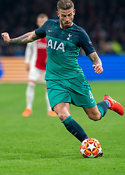 08-05-2019 NED: Semi Final Champions League AFC Ajax - Tottenham Hotspur, Amsterdam<br /> After a dramatic ending, Ajax has not been able to reach the final of the Champions League. In the final second Tottenham Hotspur scored 3-2 / Toby Alderweireld #4 of Tottenham Hotspur