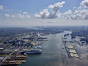 Nederland, Noord-Holland, Amsterdam; 16-04-2021; Amsterdam-Noord, Buiksloterham. Tt. Vasumweg, zicht op Damen Shiprepair met de Marella Discovery (cruiseschip voor TUI). Kraanspoor en Amsterdam jachthaven op het tweede plan.<br /> Amsterdam-Noord, Buiksloterham. Tt. Vasumweg, view of Damen Shiprepair with the Marella Discovery (cruise ship for TUI). Kraanspoor (crane track) and Amsterdam marina on the second plan.<br /> <br /> luchtfoto (toeslag op standard tarieven);<br /> aerial photo (additional fee required)<br /> copyright © 2021 foto/photo Siebe Swart