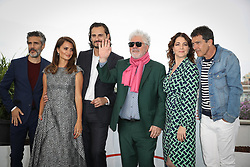 """Leonardo Sbaraglia, Penelope Cruz, Asier Etxeandia, Director Pedro Almodovar, Nora Navas and Antonio Banderas attend the """"Pain And Glory (Dolor Y Gloria/ Douleur Et Glorie)"""" photocall during the 72nd annual Cannes Film Festival on May 18, 2019 in Cannes, France Photo by Shootpix/ABACAPRESS.COM"""