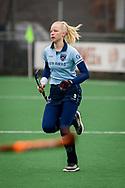 LAREN -  Hockey Hoofdklasse Dames: Laren v Pinoké, seizoen 2020-2021. Foto: Esmee Broekhuizen (Laren)