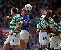 Fotball: Celtic v Rangers. Scottish Premier League, Celtic Park, Sunday November 25th 2001.<br /><br />Foto: Ian Stewart, Digitalsport<br /><br />Tore Andre Flo heads past Valgaeren , Petta and Balde and also the post