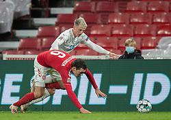 Andreas Christensen (Danmark) og Albert Guðmundsson (Island) under kampen i Nations League mellem Danmark og Island den 15. november 2020 i Parken, København (Foto: Claus Birch).