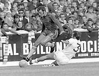 Keith Weller (Chelsea) Terry Cooper (Leeds) Leeds United v Chelsea. 5/9/70. Credit : Colorsport.