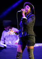 Soul II Soul live at  KNEBWORTH Pub in the park Drive in  Garden Party photo by Brian Jordan