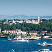 Palace and ferries at Golden Horn