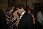 Mrs Simon Jenkins and Nigel Lawson. Andrew Roberts and Susan Gilchrist celebrate the publication of 'A History of The English-Speaking Peoples since 1900' English Speaking Union. Charles St. London. 11 September 2006. ONE TIME USE ONLY - DO NOT ARCHIVE  © Copyright Photograph by Dafydd Jones 66 Stockwell Park Rd. London SW9 0DA Tel 020 7733 0108 www.dafjones.com