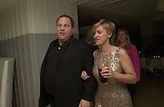 Harvey Weinstein and Tina Brown. Talk pre-Golden Globes party. Mondrian Hotel. 20 January 2001. © Copyright Photograph by Dafydd Jones 66 Stockwell Park Rd. London SW9 0DA Tel 020 7733 0108 www.dafjones.com