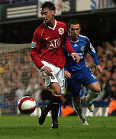Photo: Tony Oudot.<br /> Chelsea v Manchester United. The Barclays Premiership. 09/05/2007.<br /> Chris Eagles of Man Utd shields the ball from Wayne Bridge of Chelsea