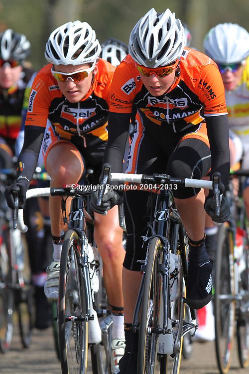 Energiewachttour Stage 2 Pekela-Veendam Adrie Visser and Lizzy Armitstead