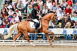 , Warendorf - Bundeschampionate  01. - 05.09.2010, Champagner de Luxe - Schleypen, Marion