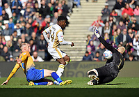 Football - 2018 / 2019 Sky Bet EFL League Two - MK Dons vs. Mansfield<br /> <br /> Milton Keynes Dons' Kieran Agard denied by Mansfield Town's Conrad Logan, at Stadium MK.<br /> <br /> COLORSPORT/ASHLEY WESTERN