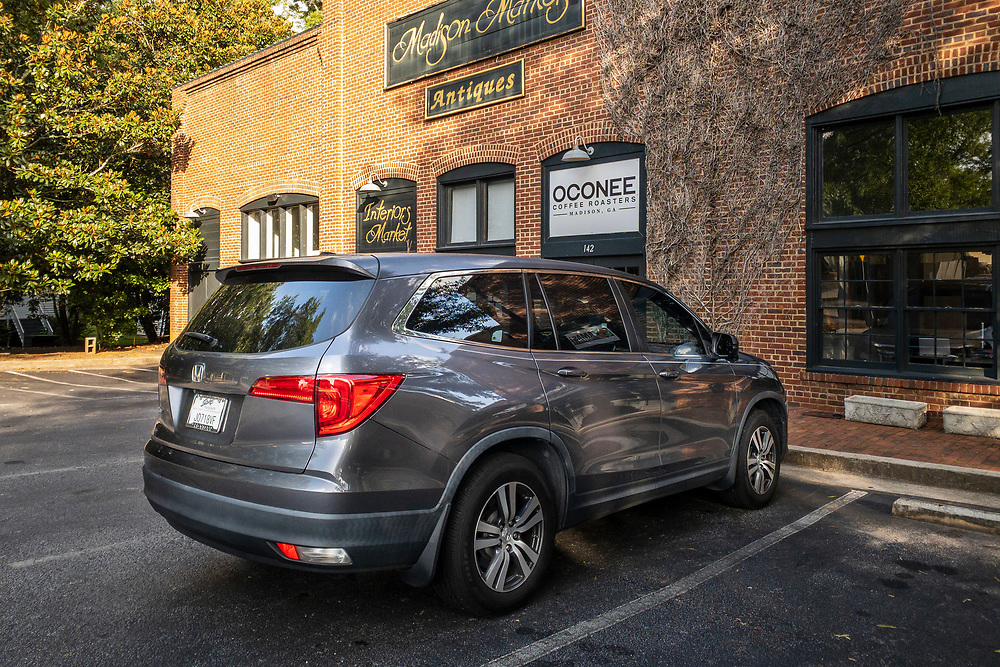 The Honda Pilot parked in front of Oconee Coffee Roasters in Madison, Georgia on Saturday, July 17, 2021. Copyright 2021 Jason Barnette