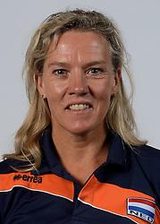 21-05-2014 NED: Selectie Nederlands volleybal team vrouwen, Arnhem<br /> Op Papendal werd het Nederlands team volleybal seizoen 2014-2015 gepresenteerd / Ingrid Paul