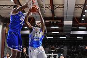 DESCRIZIONE : Beko Legabasket Serie A 2015- 2016 Dinamo Banco di Sardegna Sassari - Enel Brindisi<br /> GIOCATORE : MarQuez Haynes<br /> CATEGORIA : Tiro Penetrazione<br /> SQUADRA : Dinamo Banco di Sardegna Sassari<br /> EVENTO : Beko Legabasket Serie A 2015-2016<br /> GARA : Dinamo Banco di Sardegna Sassari - Enel Brindisi<br /> DATA : 18/10/2015<br /> SPORT : Pallacanestro <br /> AUTORE : Agenzia Ciamillo-Castoria/C.Atzori