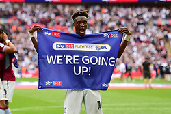 May 27, 2019 - London, England, United Kingdom - Tammy Abraham (18) of Aston Villa celebrates during the Sky Bet Championship match between Aston Villa and Derby County at Wembley Stadium, London on Monday 27th May 2019. (Credit: Jon Hobley | MI News) (Credit Image: © Mi News/NurPhoto via ZUMA Press)