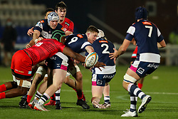 Joe Snow of Coventry Rugby (dual-registered with Exeter Chiefs) passes to Sam Lewis of Coventry Rugby (dual-registered with Leicester Tigers) - Mandatory by-line: Nick Browning/JMP - 26/02/2021 - RUGBY - Butts Park Arena - Coventry, England - Coventry Rugby v Saracens - Friendly