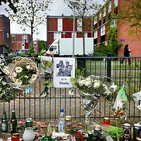 Nederland, Amsterdam , 8 mei 2014.<br /> Gedenkplek in de straat Nesserland in Amsterdam Noord waar afgelopen zondag de 31 jarige rapper Challa werd doodgeschoten.<br /> Foto:Jean-Pierre Jans
