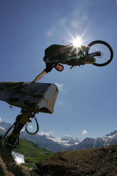 Rider: Eric Porter.Location: Portes du Soleil