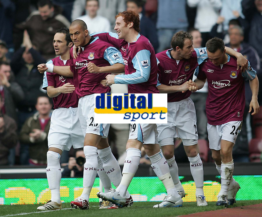 Photo: Lee Earle.<br /> West Ham United v Middlesbrough. The Barclays Premiership. 31/03/2007. West Ham's Bobby Zamora (2ndL) celebrates after scoring their opening goal.