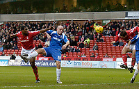 Photo: Glyn Thomas.<br />Nottingham Forest v Oldham Athletic. Coca Cola League 1.<br />14/01/2006.<br />Forest's Grant Holt (R) gives his team a 1-0 lead on his debut for the club.