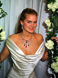 MISS ALICE FERGUSON half sister of Sarah, Duchess of York, at a dinner in London on 21st October 1999.MYA 56
