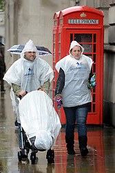 © Licensed to London News Pictures. 25/04/2012. Westminster, UK . Heavy rain in central London on April 25, 2012 Photo credit : Stephen Simpson/LNP