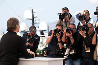 Viggo Mortensen being photographed at the Captain Fantastic film photo call at the 69th Cannes Film Festival Tuesday 17th May 2016, Cannes, France. Photography: Doreen Kennedy
