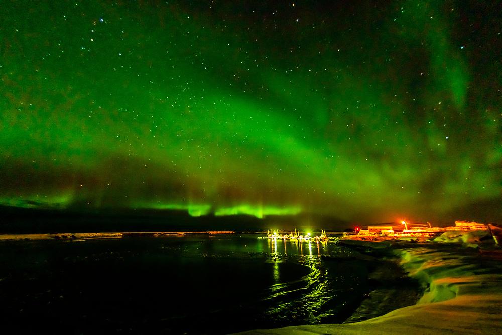 Northern Lights (Aurora Borealis), A harbor on Gimsoya Island, Lofoten Islands, Arctic, Northern Norway.