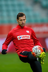 25.03.2016, Stadium Municipal, Wroclaw, POL, Training Fußballnationalmannschaft Polen, im Bild Grzegorz Krychowiak // during a practice session of Polish national football team before tomorrow friendly match between Poland and Finland at the Stadium Municipal in Wroclaw, Poland on 2016/03/25. EXPA Pictures © 2016, PhotoCredit: EXPA/ Newspix/ Sebastian Borowski<br /> <br /> *****ATTENTION - for AUT, SLO, CRO, SRB, BIH, MAZ, TUR, SUI, SWE only*****