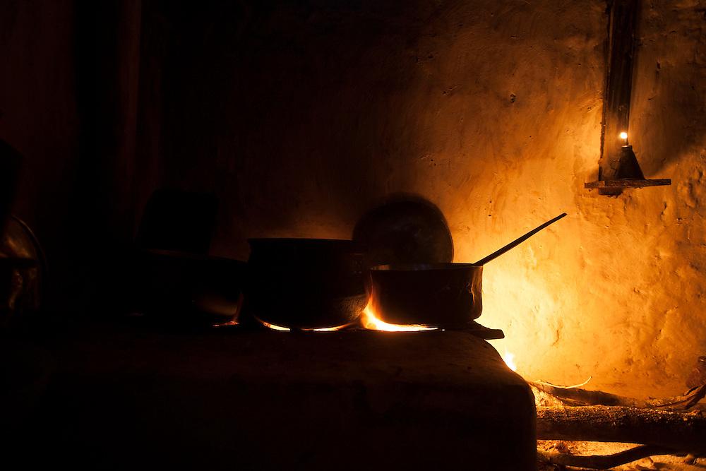 Diamantina_MG, Brazil.<br /> <br /> Fogao a lenha em Diamantina, Minas Gerais.<br /> <br /> A firewoodstove in Diamantina, Minas Gerais.<br /> <br /> Foto: LEO DRUMOND / NITRO