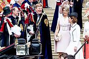 """Koning Willem Alexander wordt door Hare Majesteit Koningin Elizabeth II geïnstalleerd in de 'Most Noble Order of the Garter'. Tijdens een jaarlijkse ceremonie in St. Georgekapel, Windsor Castle, wordt hij geïnstalleerd als 'Supernumerary Knight of the Garter'.<br /> <br /> King Willem Alexander is installed by Her Majesty Queen Elizabeth II in the """"Most Noble Order of the Garter"""". During an annual ceremony in St. George's Chapel, Windsor Castle, he is installed as """"Supernumerary Knight of the Garter"""".<br /> <br /> Op de foto / On the photo:  Koning Willem Alexander en Koningin Maxima met Hertog William van Cambridge en Catherine, hertogin van Cambridge<br /> <br /> King Willem Alexander and Queen Maxima with Duke William of Cambridge and Catherine, Duchess of Cambridge"""