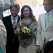 NLD/Wemeldinge/20100430 -  Koninginnedag 2010, Anita van Eijk en partner Pieter - Christiaan