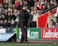 Photo: Lee Earle.<br /> Southampton v Ipswich Town. Coca Cola Championship. 21/01/2006. Saints head coach George Burley.
