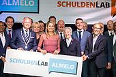 Koningin Maxima bij lancering Schuldenlab Almelo