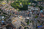 Nederland, Overijssel, Almelo, 30-06-2011; Centrum met  Stadhuis en kasteeltje Huize Almelo.City hall and castle Huis Almelo (top) in the city of Almelo..luchtfoto (toeslag), aerial photo (additional fee required).copyright foto/photo Siebe Swart