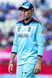 Joe Root of England - Mandatory by-line: Robbie Stephenson/JMP - 30/06/2019 - CRICKET - Edgbaston - Birmingham, England - England v India - ICC Cricket World Cup 2019 - Group Stage