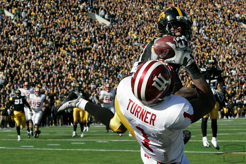 31 October 2009: Indiana wide receiver Terrance Turner (1)  as the Iowa Hawkeyes played the Indiana Hoosiers in a college football game in Iowa City, Iowa.
